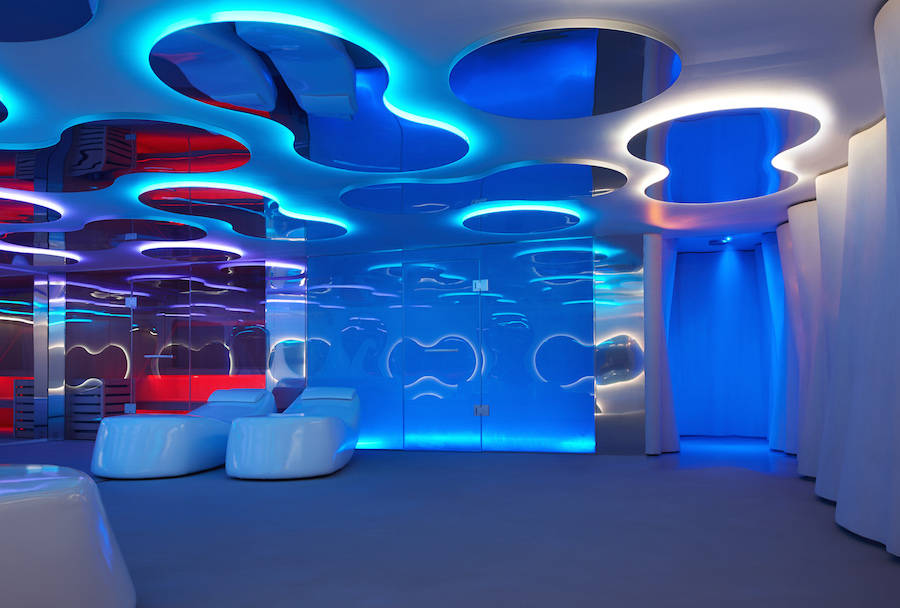 Aquatic-Life-Inspired-Spa-Design2-900x608