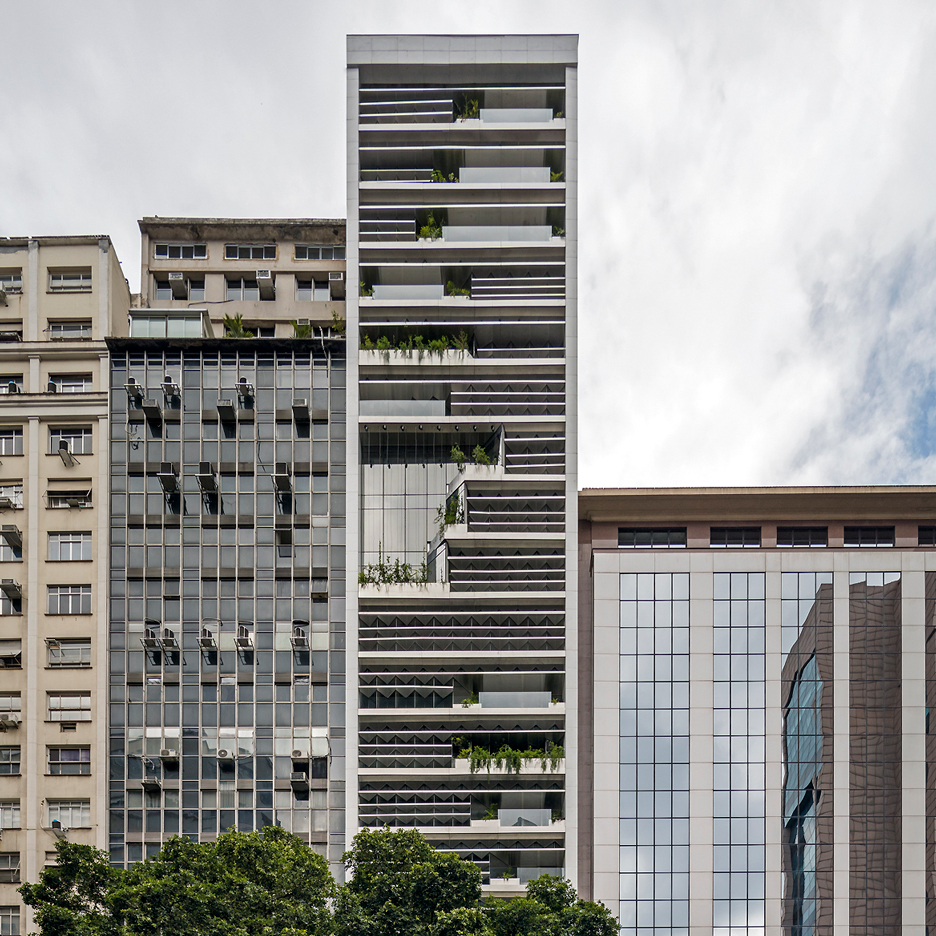 rb12-triptyque-sustainable-corporate-office-building-rio-de-janeiro-brazil_dezeen_sqa